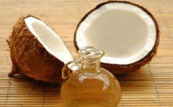 Minyak Kelapa Murni - Sumber Lemak Baik Bagi Kesehatan