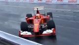 Pembalap Jepang Menabrakan F1 Ferari