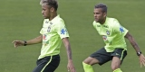 Gaya Rambut Neymar Dan Dani Alves Tiru Gaya Rambut Tim Rumania