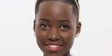 Lupita Nyongo'o Terpilih Menjadi Wanita Tercantik 2014