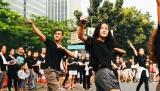 Parade Flashmob JKTMoveIn pemeran musikal