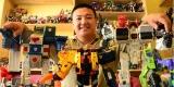 Pria Ini Habiskan Rp 300 Juta Untuk Mengkoleksi Transformer